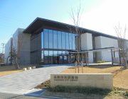 高砂市立図書館(350m)