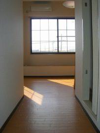 洋室(窓向き)